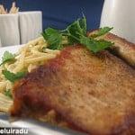 Porc cu spaghete si sos de smantana