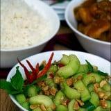 Salata de castraveti cu arahide