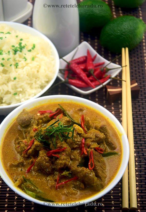 Curry de vita cu sambal terasi