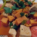 Curry de porc cu cartofi dulci