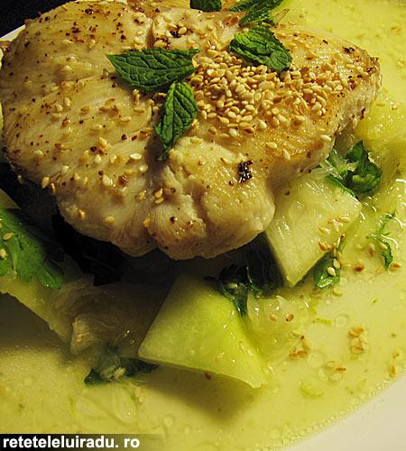 salataRechinPepepePiperLung - Salata de rechin cu pepene si piper lung 1 - Retetele lui Radu