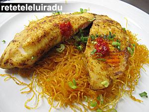 Peste tilapia cu curry si taitei de celofan