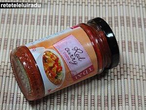 pastacurrythairosu1 - Curcan cu taitei si legume 6 - Retetele lui Radu