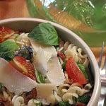 Salata siciliana cu paste