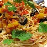 Spaghete cu ansoa si ardei