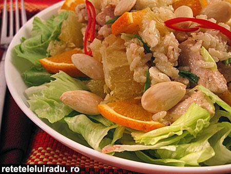 salata de pui cu portocale si migdale1 - Salata de pui cu portocale si migdale 1 - Retetele lui Radu