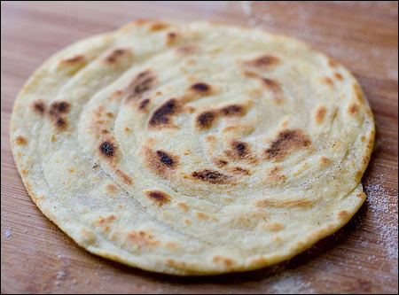Paratha - sursa foto: evernewrecipes.com