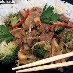 Chop suey cu vita