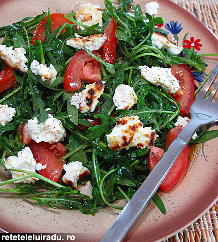 salata de rucola cu branza ricotta1 - Salata de rucola cu branza ricotta 1 - Retetele lui Radu