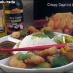 Creveti crocanti cu orez si sos picant