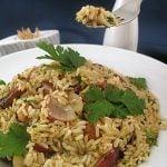 Salată de orez cu pui şi struguri