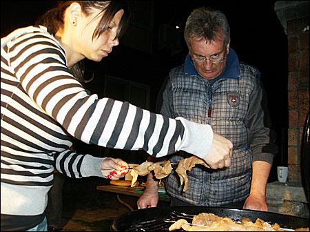06 - Fun & Grill - martie 2012 7 - Retetele lui Radu