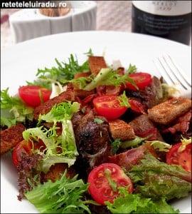 Salata de ficatei de pui cu bacon si rosii2 - Salata de ficatei de pui cu bacon si rosii 4 - Retetele lui Radu