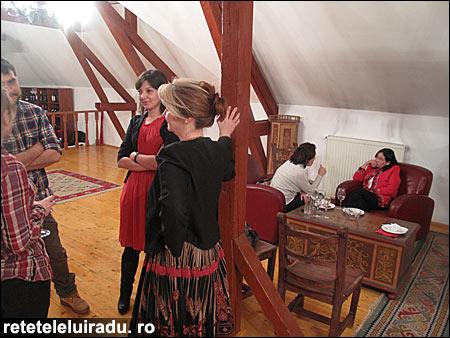 """canapele06 - A fost """"Cină lejeră cu şi pe... canapele"""", martie 2013 6 - Retetele lui Radu"""