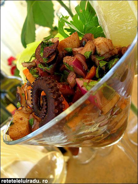 Salata de caracatita cu masline - Salata de caracatita cu masline 1 - Retetele lui Radu
