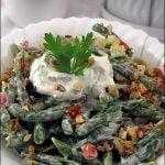Salata de fasole verde cu branza si nuca