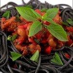 Spaghete negre cu pui de sepii