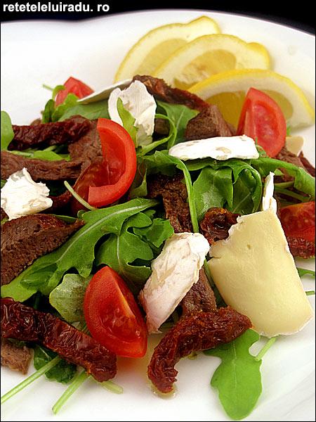 Salata de vita cu rosii rucola si Brie - Salata de vita cu rosii, rucola si Brie 1 - Retetele lui Radu