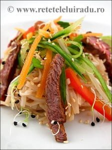 Salata de vita cu taitei de orez si susan - Salata de vita cu taitei de orez si susan 9 - Retetele lui Radu