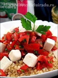 Salata de bulgur cu rosii patrunjel si branza de capra1 - Salata de bulgur cu rosii, patrunjel si branza de capra 7 - Retetele lui Radu
