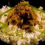 Curry de pui cu lapte de cocos si orez Jasmine