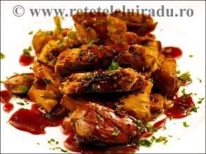 Porc cu hribi galbiori si sos de vin - Porc cu hribi, galbiori si sos de vin 83 - Retetele lui Radu