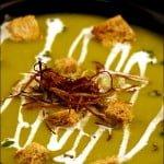 Supa crema de sparanghel cu topping crocant