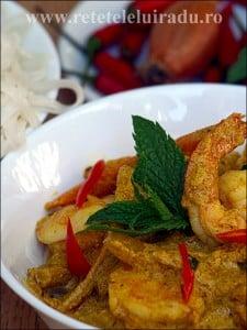 Curry thailandez galben de creveti - Curry thailandez galben de creveti 25 - Retetele lui Radu