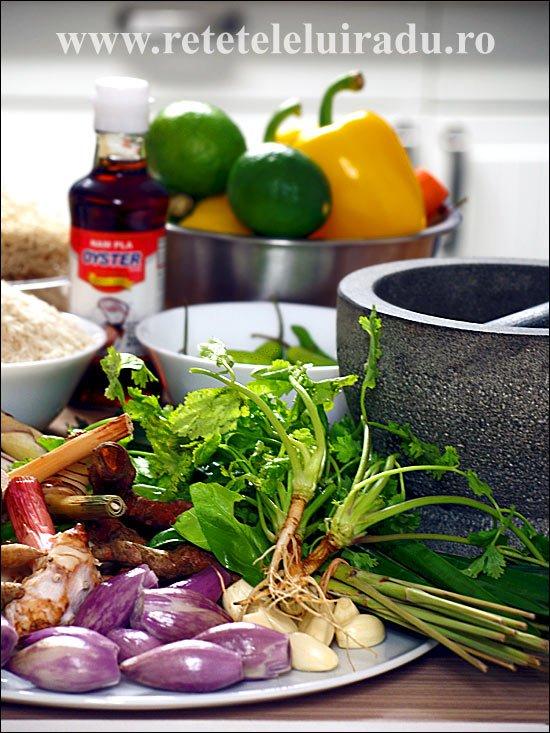 Cum se gătesc curry-urile thailandeze