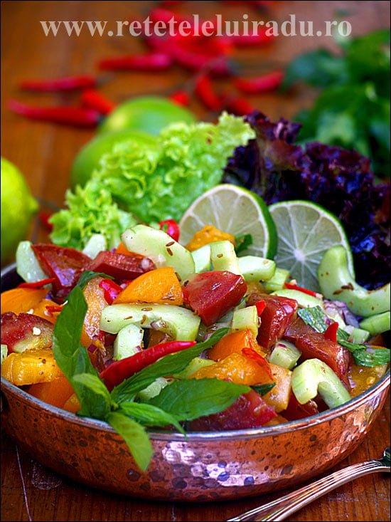 Kachumber - salata indiana traditionala - reteteleluiradu.ro