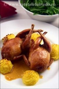 prepelite umplute - Prepelite umplute, servite cu sos brun si cartofi Duchesse 6 - Retetele lui Radu