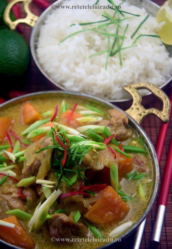 Cà ri gà - Curry vietnamez de pui cu cartofi dulci