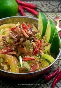 Salata birmaneza de tomate verzi - Salata birmaneza de gogonele 7 - Retetele lui Radu