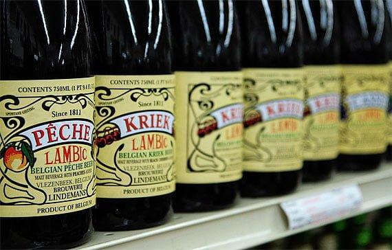 Beri lambic cu fructe - sursa foto: www.beerlens.com