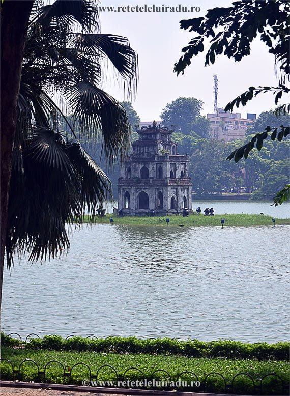 Lacul Hoan Kiem, Hanoi